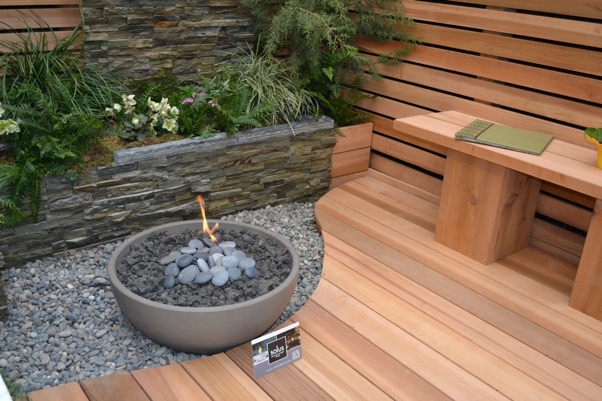 Fire Pits & Outdoor Rooms Can Increase Real Estate Value!