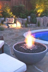 firepit_with_pool