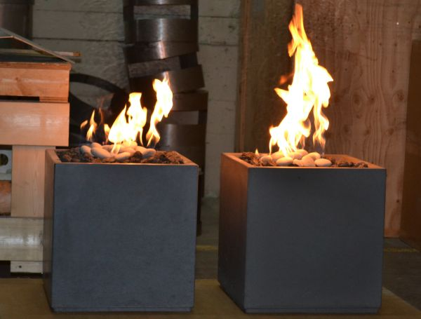 Cube fire pits