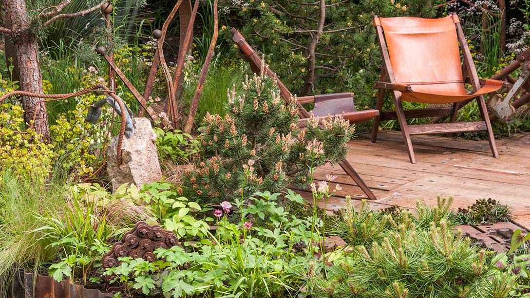 best artisan garden designed by Graham Bodle chelsea flower show 2017
