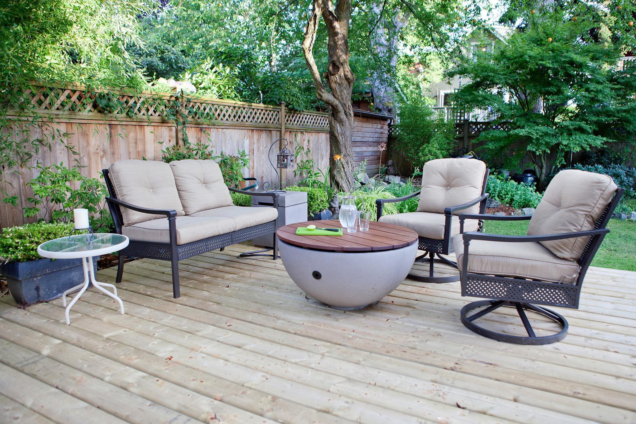 Solus Hemi Firepit with Wood Table Top