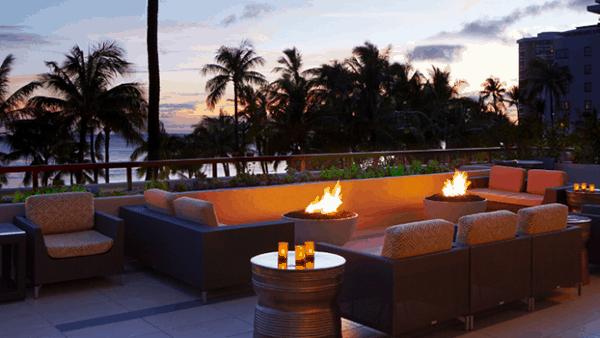 Hyatt Regency Waikiki fire pit