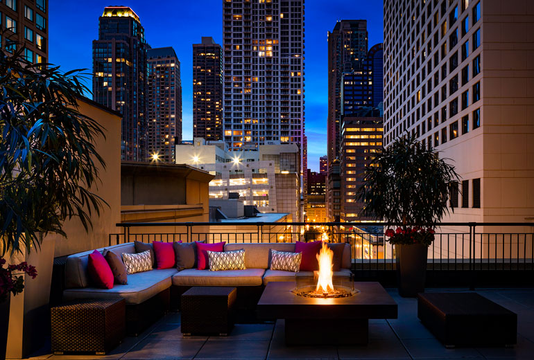 The Gwen Hotel, Chicago featuring a Solus Decor Elevated Halo fire table